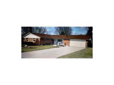 Xenia Single Family Home Active/Pending: 1138 Neeld Drive