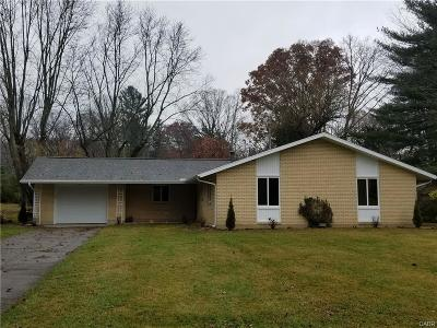 Yellow Springs Single Family Home Active/Pending: 1410 Birch Street