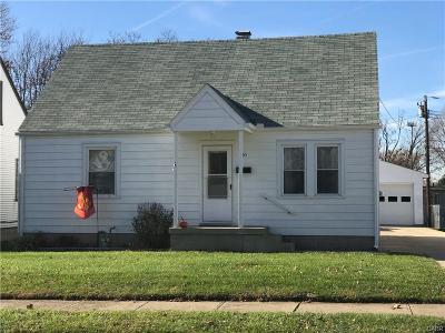 Fairborn Single Family Home For Sale: 865 Princeton Avenue