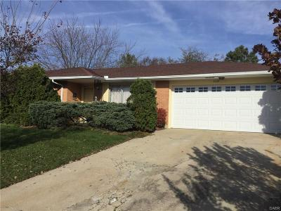 Dayton Single Family Home For Sale: 4329 Drowfield Drive