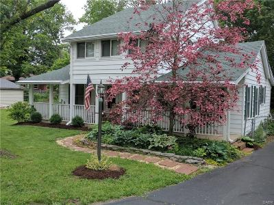 Miamisburg Single Family Home For Sale: 6023 Tenth Avenue