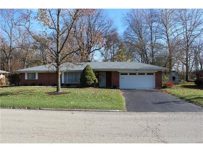 Dayton Single Family Home For Sale: 5448 Susan Drive