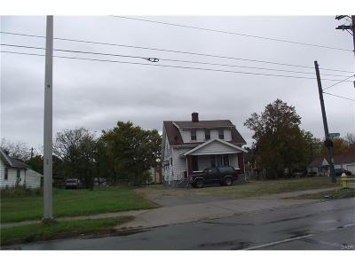 Dayton Multi Family Home For Sale: 3117 Dixie Drive