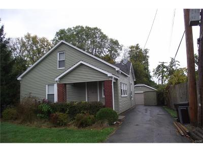 Dayton Single Family Home For Sale: 2031 Berwyck Avenue