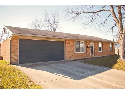 Dayton Single Family Home For Sale: 7101 Almont Place