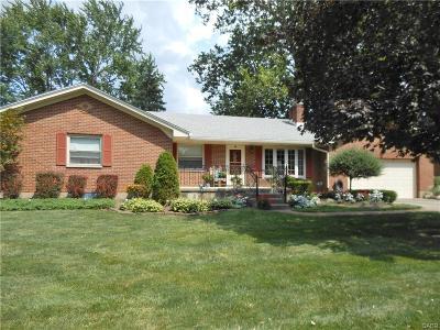 Centerville Single Family Home For Sale: 200 Elmwood Drive