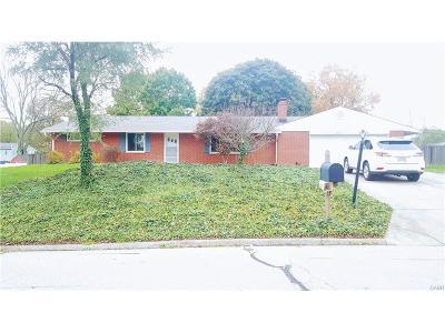 Dayton Single Family Home For Sale: 6123 Millbrook Drive
