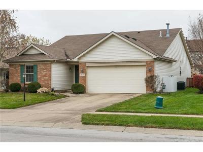 Miamisburg Single Family Home Active/Pending: 3717 Waterbridge Lane