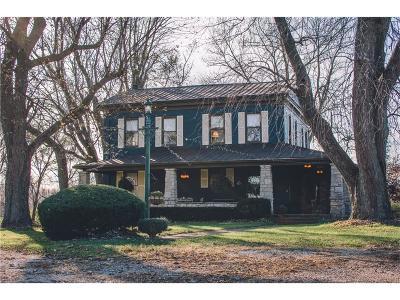 Miamisburg Single Family Home For Sale: 5522 Farmersville W Carrollton Road
