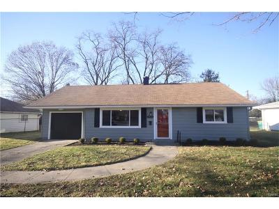 Kettering Single Family Home For Sale: 3839 Saranac Drive