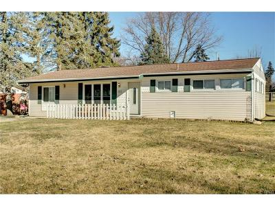 Beavercreek Single Family Home Active/Pending: 4041 Rosehill Drive
