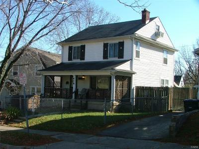Dayton Single Family Home For Sale: 438 Allwen Drive