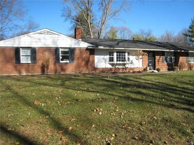 Dayton OH Single Family Home For Sale: $219,900