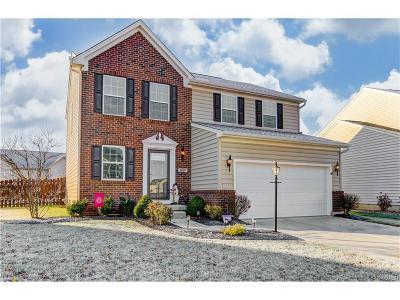 Fairborn Single Family Home For Sale: 1469 Artesian Lane