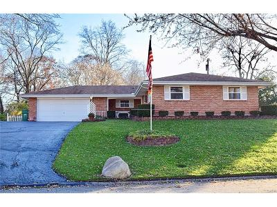 Dayton Single Family Home For Sale: 6186 Teagarden Circle