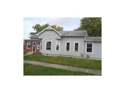 New Carlisle Single Family Home For Sale: 211 Jackson Street