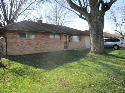 Huber Heights Single Family Home Active/Pending: 4450 Longfellow Avenue