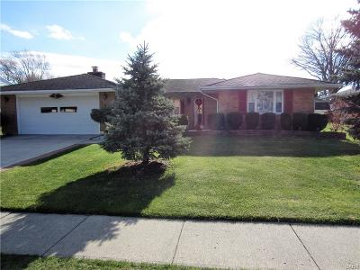 Fairborn Single Family Home For Sale: 314 Faculty Drive