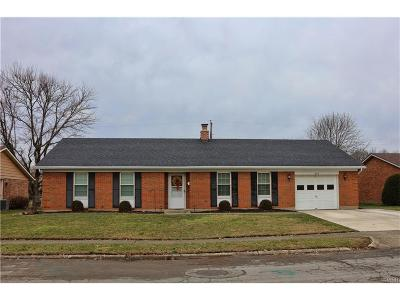 Xenia Single Family Home For Sale: 936 Hamlet Drive