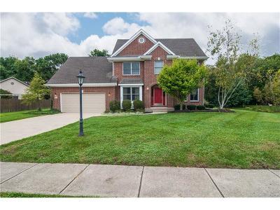 Beavercreek Single Family Home For Sale: 843 Autumn Leaf Drive