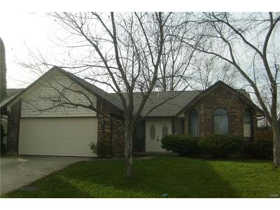 Huber Heights Single Family Home For Sale: 6572 Loblolly Drive