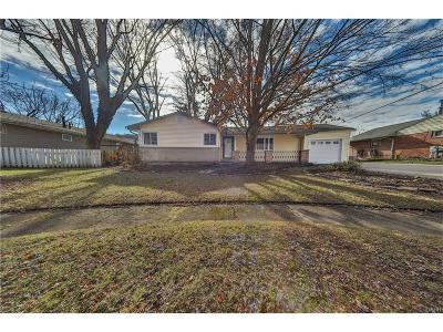 Bellbrook Single Family Home Active/Pending: 25 Brookwood Drive