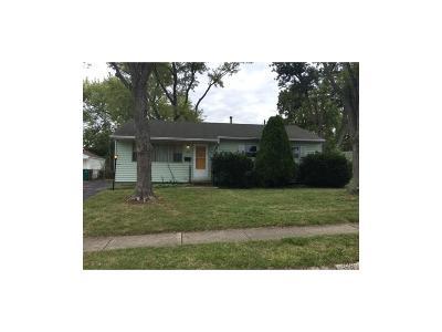 Fairborn Single Family Home For Sale: 1376 Hemlock Drive
