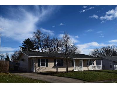 Xenia Single Family Home For Sale: 131 Tackett Drive