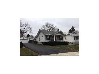 Dayton Single Family Home For Sale: 1225 Edward Drive