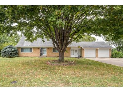 Englewood Single Family Home Active/Pending: 415 Wenger Road
