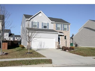 Fairborn Single Family Home For Sale: 1323 Crystal Harbour Drive