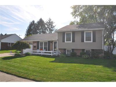 Vandalia Single Family Home Active/Pending: 1132 Londonderry Drive