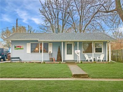 Xenia Single Family Home Active/Pending: 1529 Bowman Drive
