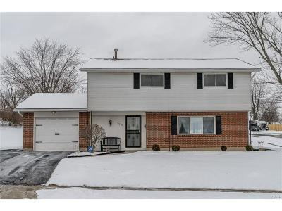Huber Heights Single Family Home Active/Pending: 7270 Charnwood Drive