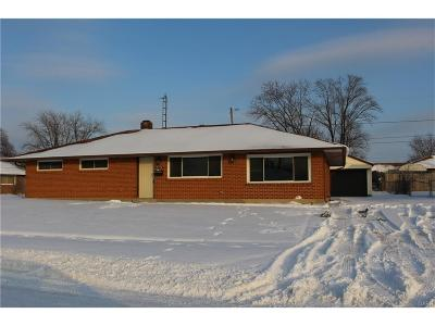 Huber Heights Single Family Home For Sale: 5770 Shady Oak Street