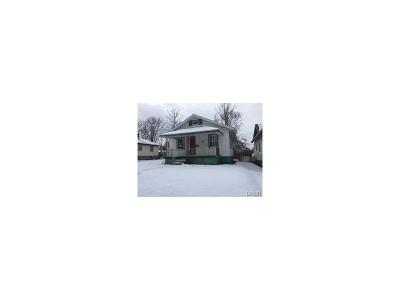 Dayton Single Family Home For Sale: 39 Upland Avenue