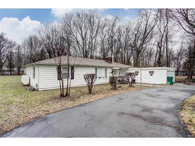 Beavercreek Single Family Home Active/Pending: 1852 Hanes Road