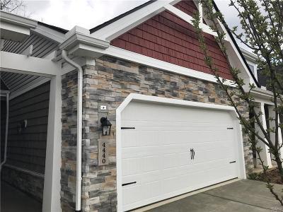 Beavercreek Condo/Townhouse For Sale: 4440 Cottage Park Drive