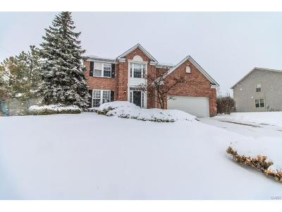 Miamisburg Single Family Home For Sale: 905 Bakersfield Court