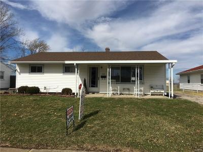 Vandalia Single Family Home For Sale: 325 Inverness Avenue