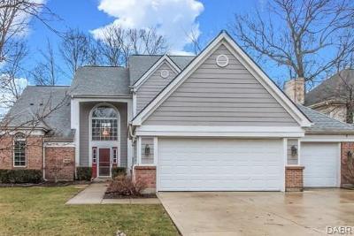 Dayton Single Family Home For Sale: 1035 Treeside Court
