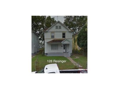 Dayton Single Family Home For Sale: 128 Reisinger Avenue