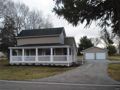New Carlisle Single Family Home For Sale: 10631 New Carlisle Pike