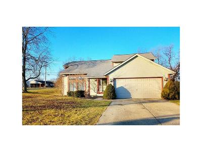 Vandalia Single Family Home For Sale: 385 Royalwood Court
