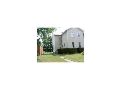 Fairborn Multi Family Home For Sale: 16 Lindberg Drive