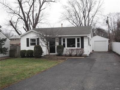 Kettering Single Family Home Active/Pending: 1312 Rose Bower Avenue