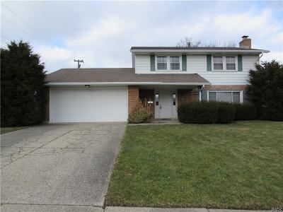 Fairborn Single Family Home For Sale: 307 Ridgewood Drive