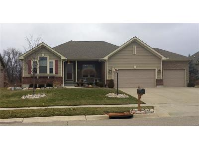 Miamisburg Single Family Home For Sale: 2411 Sydneys Bend Drive