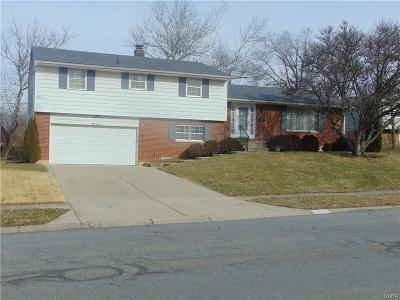 Dayton Single Family Home Active/Pending: 5013 Heatherton Drive