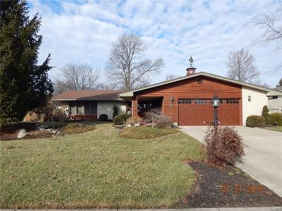 Kettering Single Family Home For Sale: 2135 Rahn Road